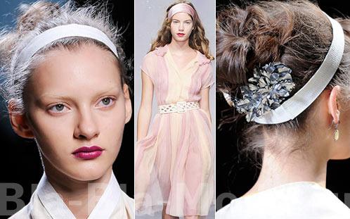 Платки на голову: Marni, Hussein Chalayan, Hermes Носят их с любой прической, с длинными.