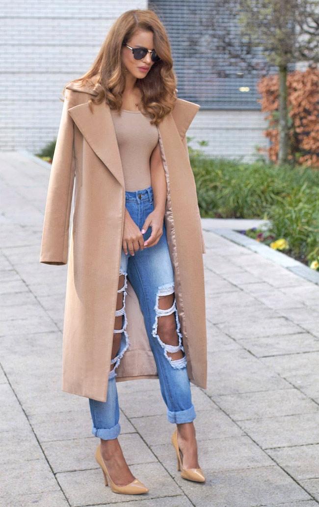 Джинсы и пальто
