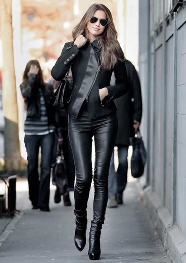 Черные кожаные брюки с курткой