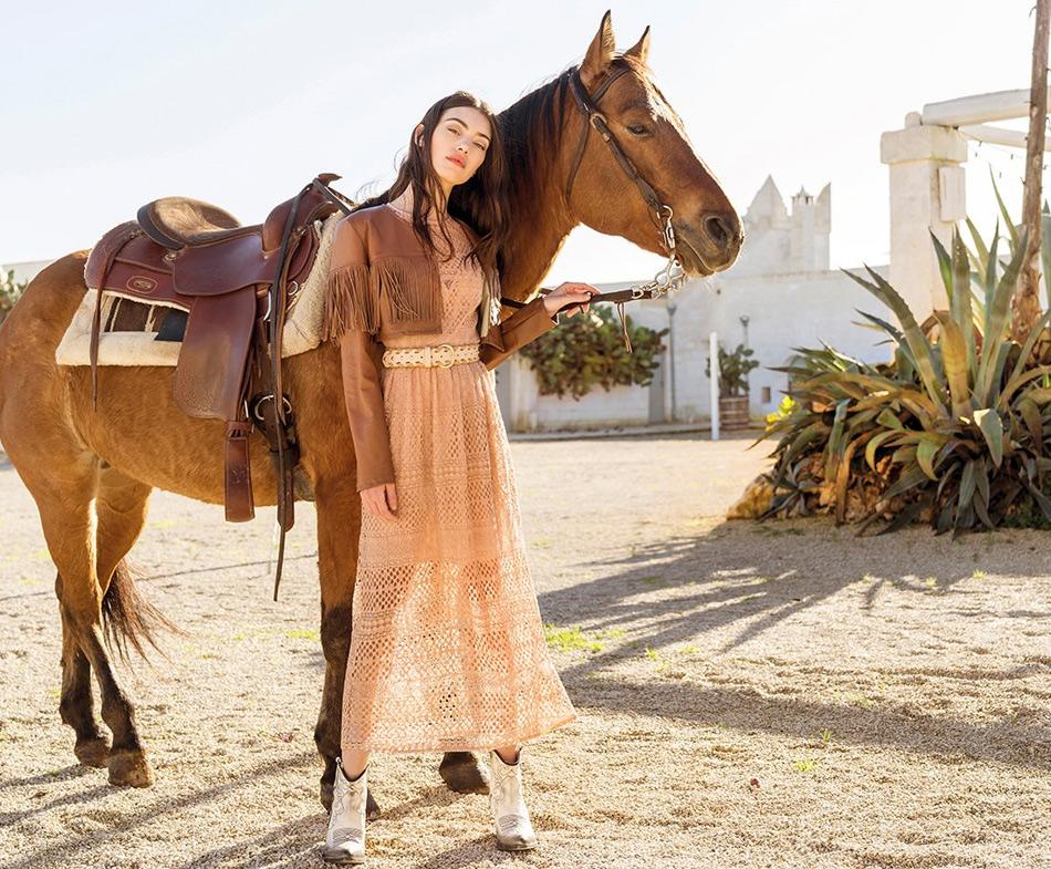 Платье в стиле бохо и куртка, Rinascimento, весна - лето